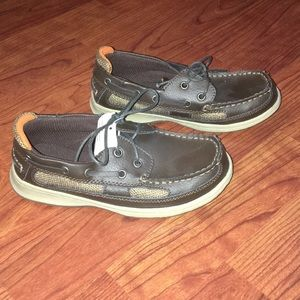 NWT CHEROKEE LEATHER UPPER MOCCASINS